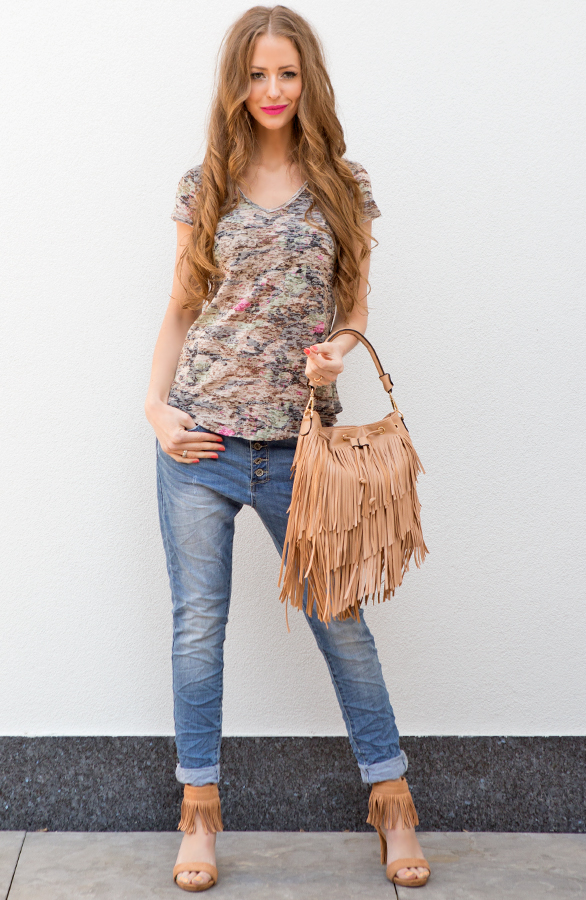 8c4296a1331a23 ... SALE Musthaves! musthave trends 2016 bomberjasjes franjes tas camel ...