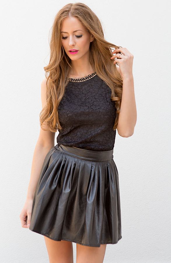 Circle Leather Skirt Black   The Musthaves